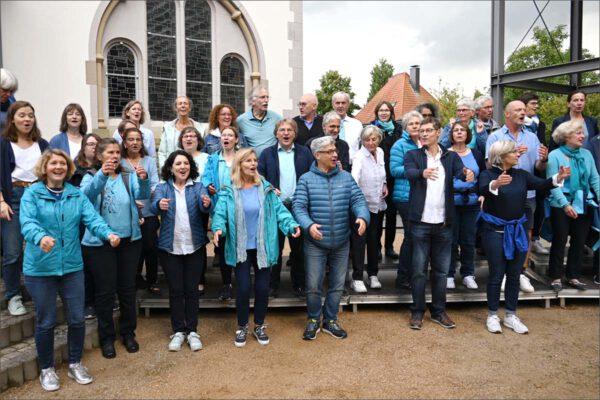 Gospelchor `n Joy ersingt 3.000 Euro für Flutopfer